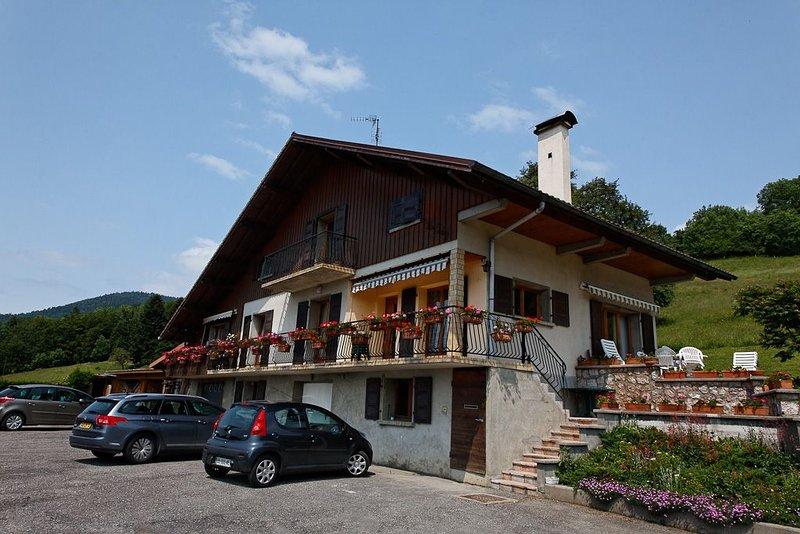 Appartement indépendant de 35 m2 4 pers dans maison, casa vacanza a Onnion