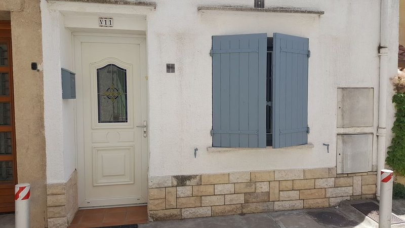 L'Ousto la Pitchoune, holiday rental in Fourques
