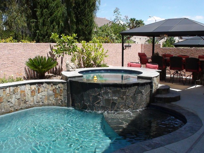 Henderson Green Valley home with pool 20 mn to Rio WSOP, holiday rental in Henderson
