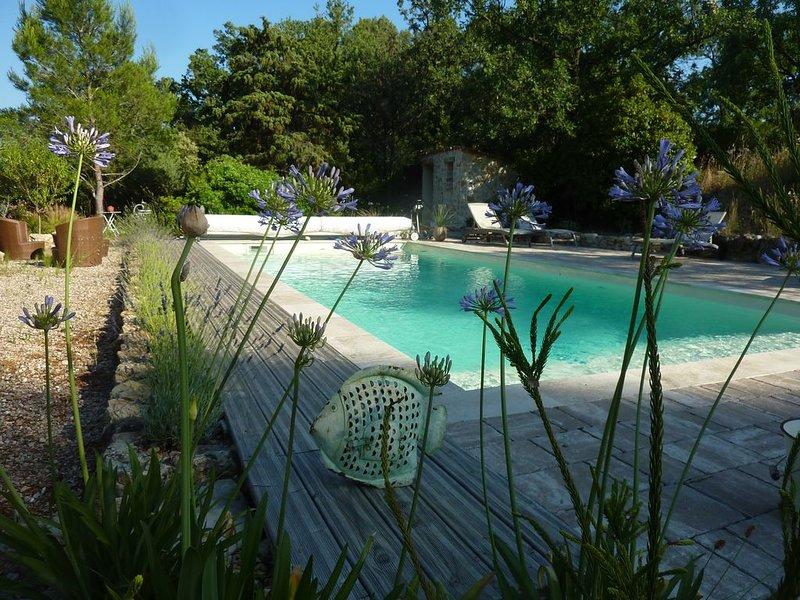 Appartement - 2/4p - Rez de jardin  chez l'habitant - Var, holiday rental in Lorgues