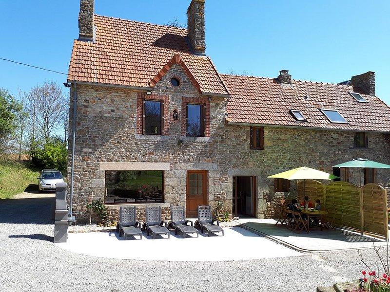 Gite 'Le Bocage' 6 personnes classé 4 Etoiles, holiday rental in La Lucerne-d'Outremer