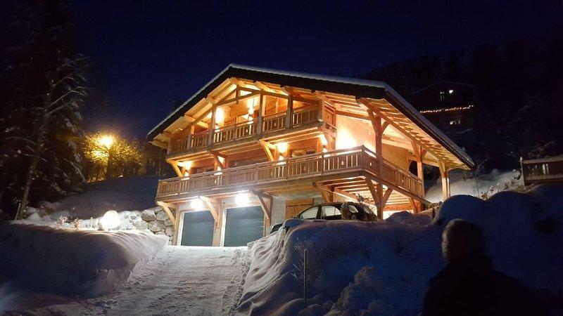 Le P'tit Suisse - chalet savoyard avec vue lac classé 4* - 3 ch et 2 sdb, location de vacances à Thollon-les-Mémises