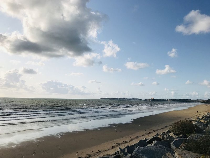 Beach 300 m from the house with views of Granville