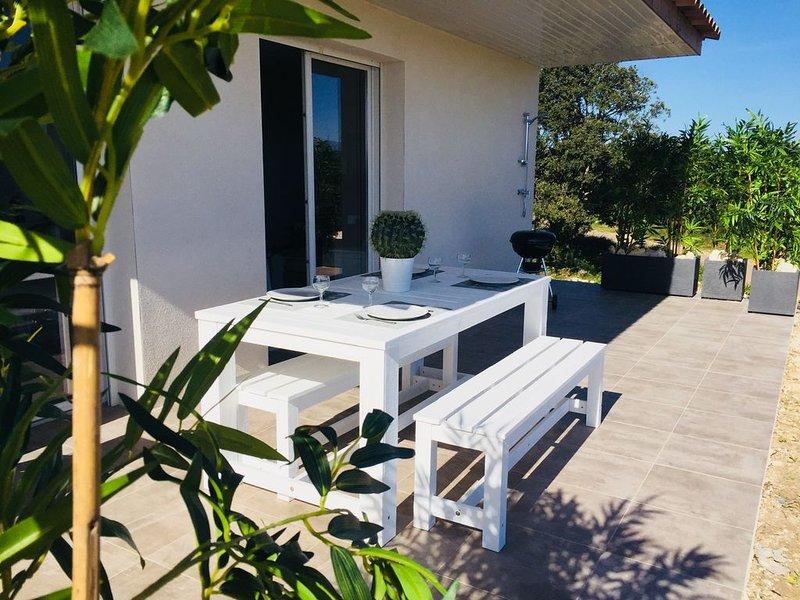 Maison tout confort 4* résid privé piscine, climatisée, holiday rental in Bonifacio