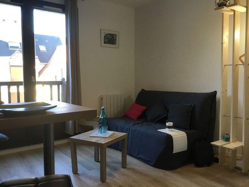 Cabine 136 - 2 pièces duplex, jusqu'à 4 personnes, vacation rental in Fontaine-Henry
