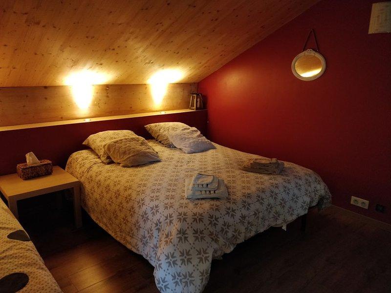 Chambre chalet chez l'habitant, location de vacances à Saint-Paul-de-Varax