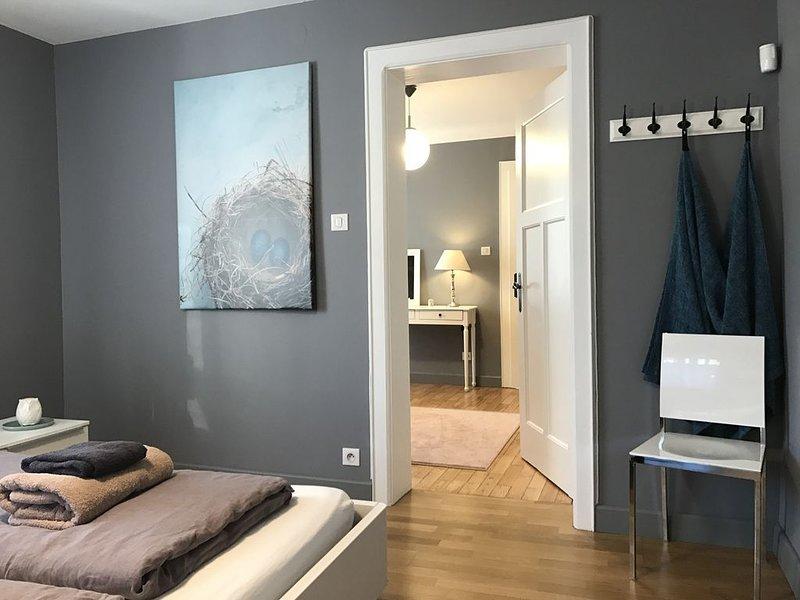 Chambre d'hôtes pour 4 personnes avec petit déjeuner (B&B) et salle de bain, holiday rental in Zweibruecken