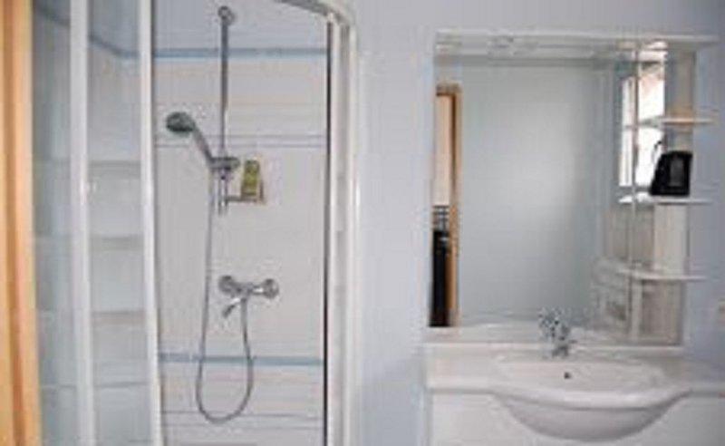 Chambres d'hote dans villa avec acces independant, casa vacanza a Grabels