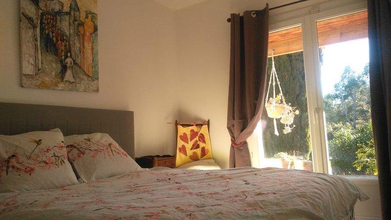Farniente assuré dans notre maison ! 6 personnes, holiday rental in Venejan