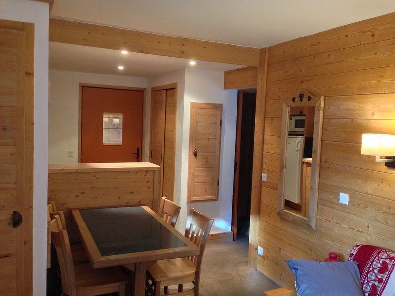 Face aux montagnes,ACONIT Les Menuires 3 Vallées pour 4 personnes, holiday rental in Les Menuires