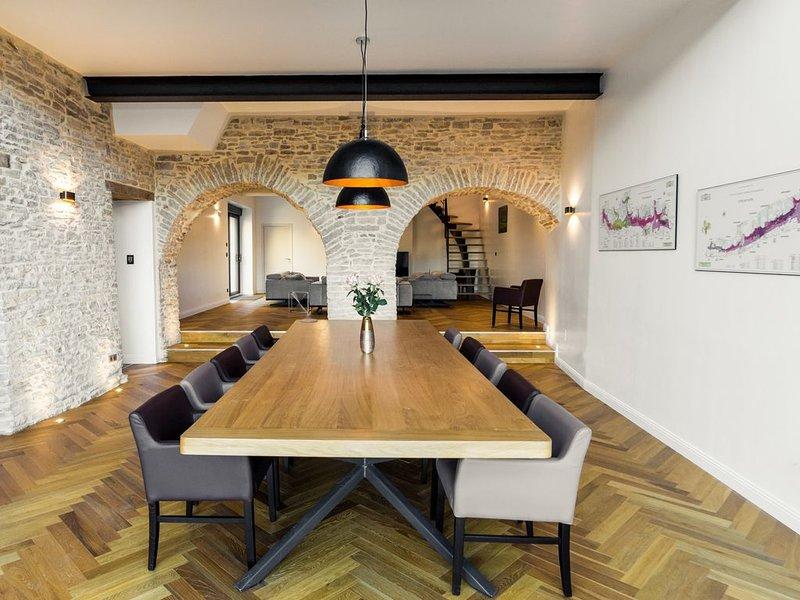 Aux Cortons Villa avec vue sur les vignes, holiday rental in Vosne-Romanee