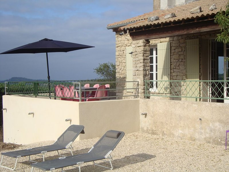 Big villa with swimming-pool & Wifi, holiday rental in Villes-sur-Auzon