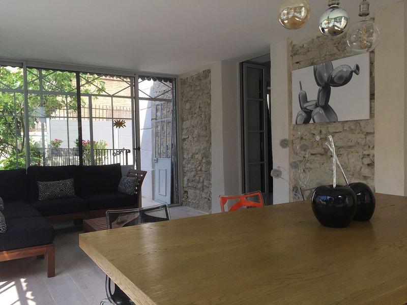 Appartement unique au bord de l'eau, casa vacanza a Fontaine de Vaucluse