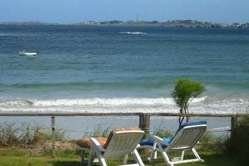 Maison pied dans l'eau, proche de roscoff avec vue imprenable sur l ile de batz, location de vacances à Santec