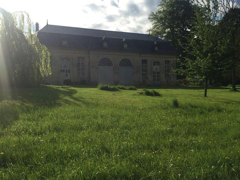XVIIIth cenury house, aluguéis de temporada em Val-au-Perche