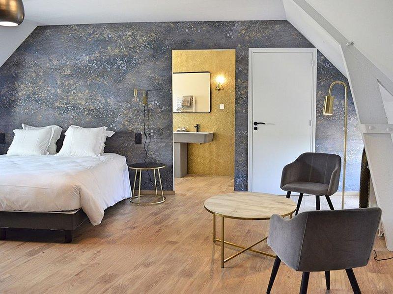 La Maison Gervaiserie - Chambre avec petits déjeuners, vacation rental in Montfarville