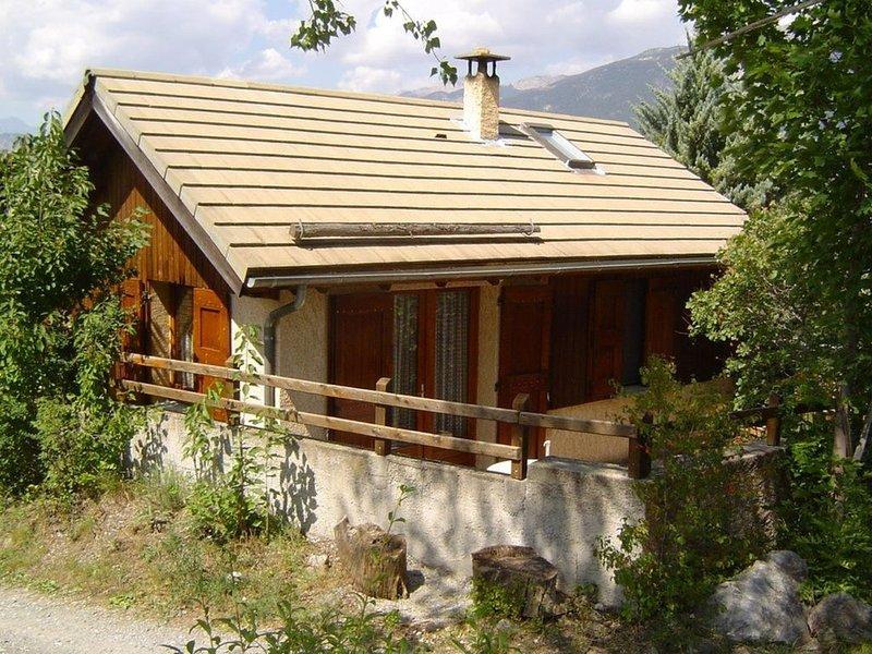Chalet de montagne, environnement très calme., holiday rental in Risoul