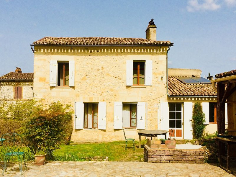 Le chamboule Tour..., vacation rental in Tayac