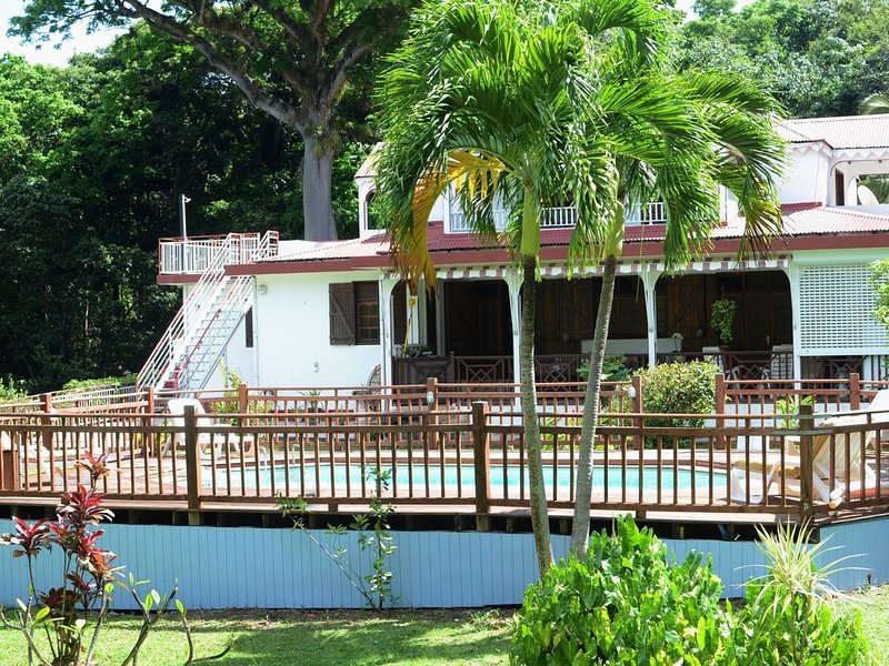 Habitation  M&G le calme la nature à 5 minutes de la plage - promo mai à juillet, holiday rental in Cafeiere
