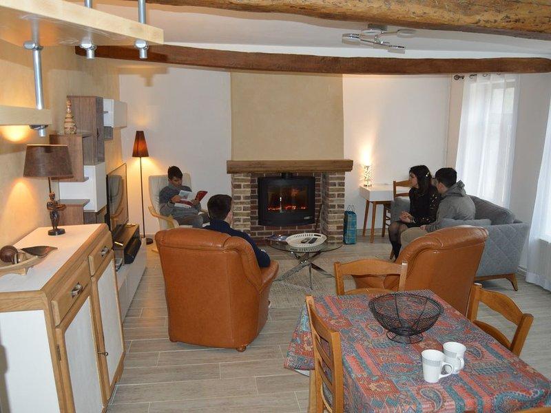 Location d'une maison Au cœur d'Amiens, holiday rental in Jumel