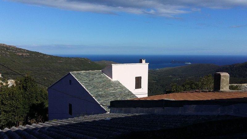 Maison typique du Cap Corse vue mer, holiday rental in Macinaggio