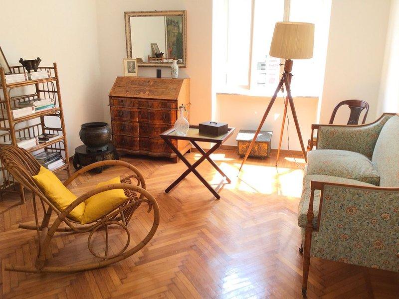 APPARTEMENT DE CHARME À DEUX PAS DU CENTRE, holiday rental in Pra del Torno