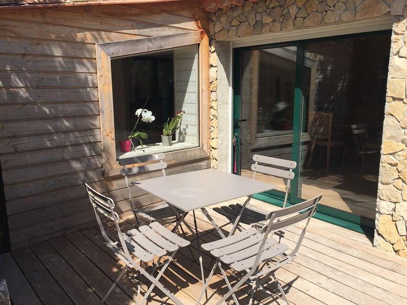 le cabanon petit coin de tranquillité, location de vacances à Sanary-sur-Mer
