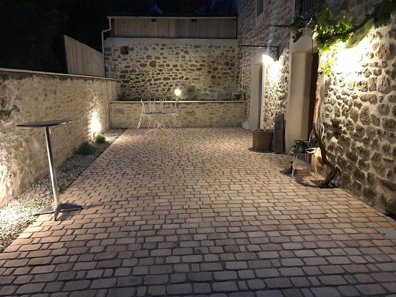 Gîte 'Chez Marcel' Maison de campagne, location de vacances à Divajeu