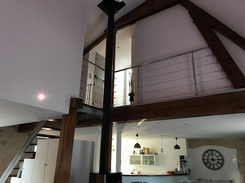 Maison périgourdine authentique avec SPA, location de vacances à Négrondes