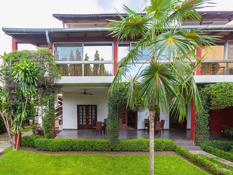 UN HAVRE DE PAIX AU COEUR DE LA VILLE DE COTONOU, holiday rental in Benin