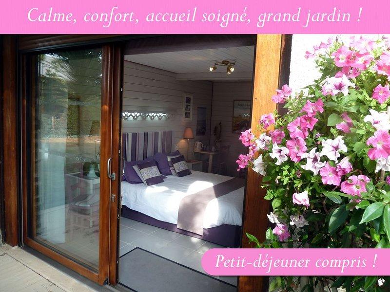 Chambre JARDIN ---- Les Bruyères du Mont, holiday rental in Mont-Saint-Michel