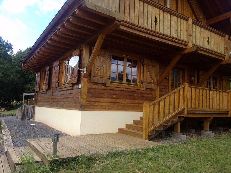 Chalet neuf très confortable dans les Vosges dans un cadre très nature au calme, holiday rental in La Croix-aux-Mines