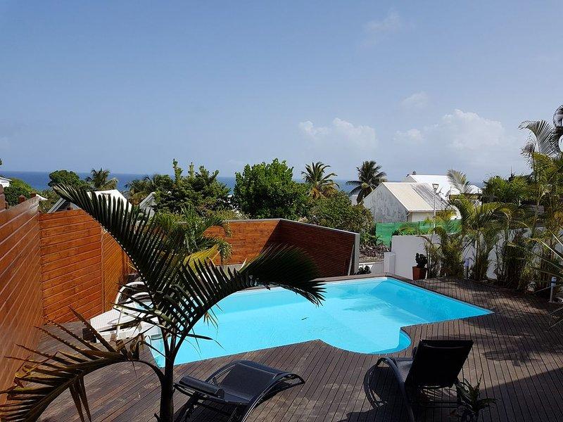 VILLA  vue mer avec piscine, location de vacances à Le Gosier