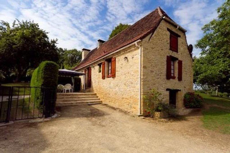 Maison de campagne au cœur du Périgord noir, holiday rental in Bars