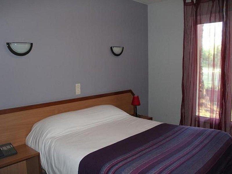 CHAMBRE D'HOTEL  A LA CAMPAGNE PROCHE DE THOUARS 79, vacation rental in La Chapelle-Gaudin
