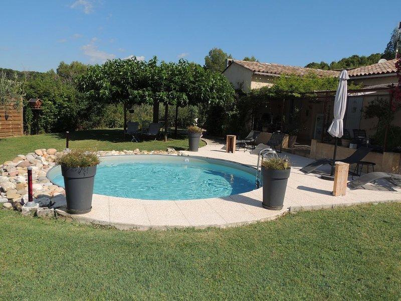 Entre mer et gorges du Verdon , villa 6 personnes avec piscine privée - au calme, casa vacanza a Flayosc