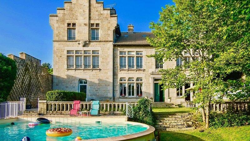 ❤️ � Belles RETROUVAILLES 100% privées + jardin = idéal pour les familles ☀️, holiday rental in Grazac