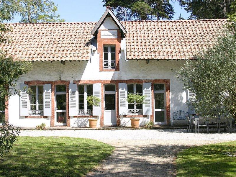 Villa traditionnelle au coeur du bois de la chaise, vakantiewoning in Noirmoutier en l'Ile