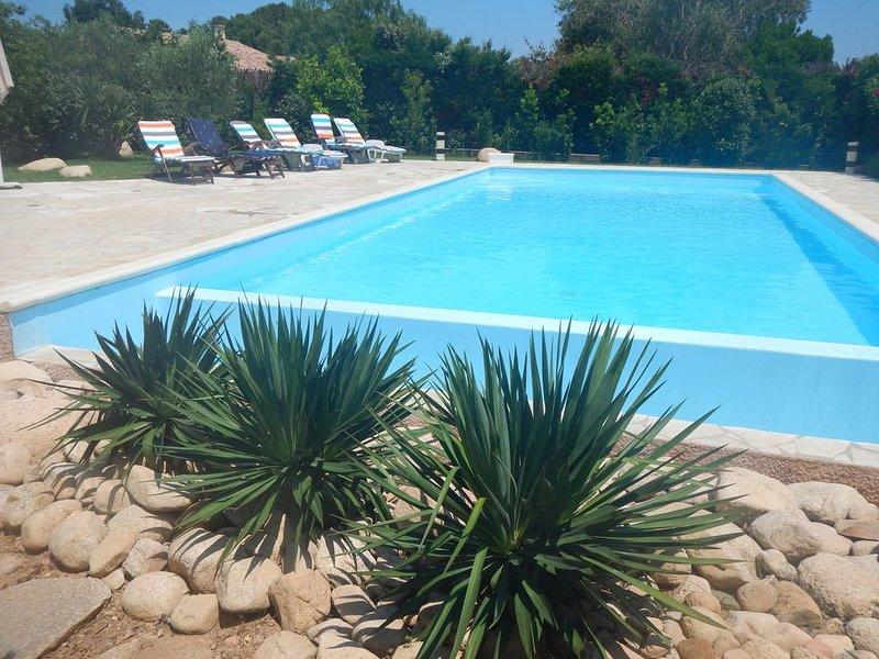 Villa Porto Vecchio climatisée avec piscine, alquiler de vacaciones en Lecci