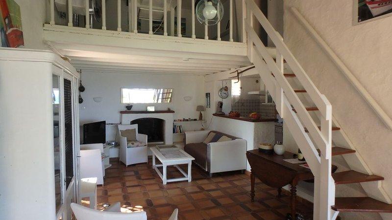 CORSE SUD, Villa vue sur mer, accès plage 200m, alquiler de vacaciones en Sainte Lucie de Porto-Vecchio