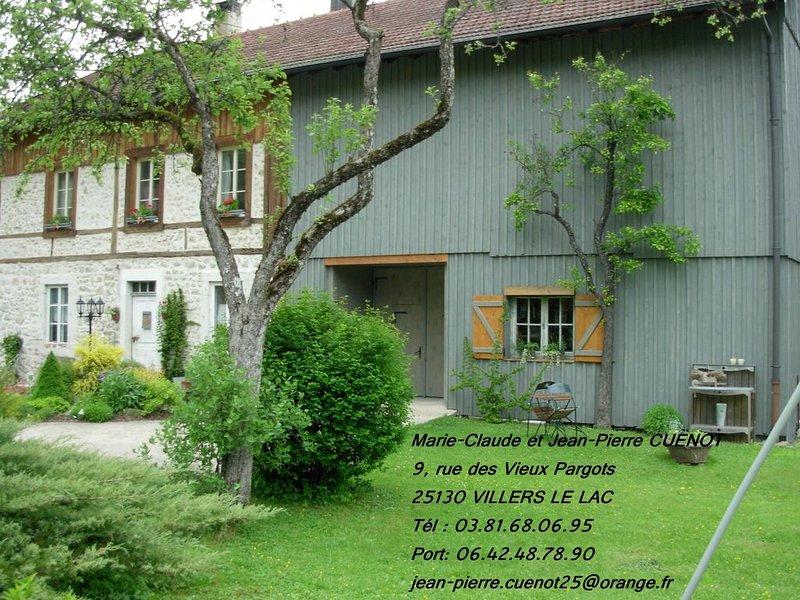 Gite  dans maison campagne rando.vtt.canoe cheval.ski raqettes.villers le lac, holiday rental in Les Ponts-de-Martel