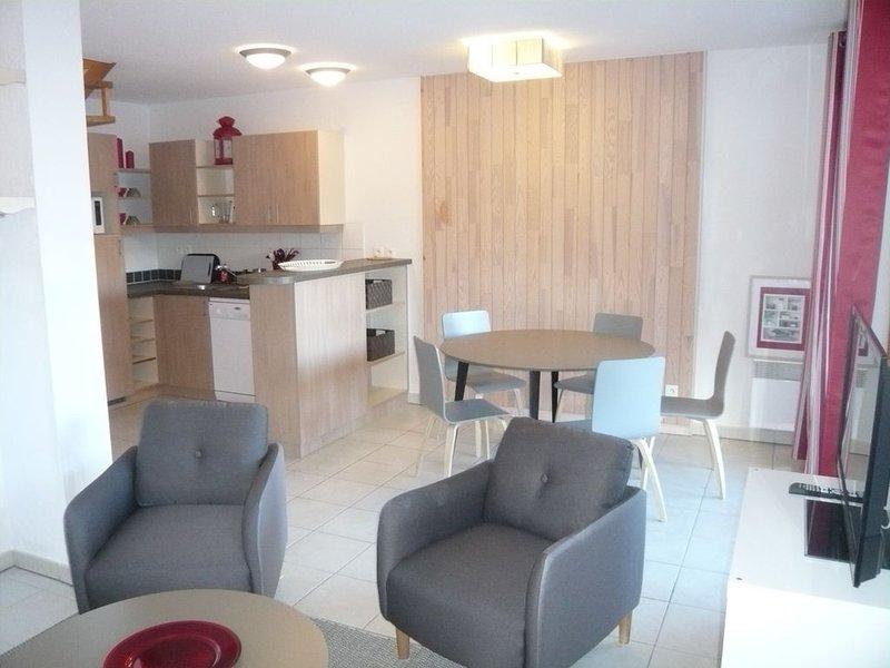 Joli duplex 6 personnes aux Orres 1800 (55 m2), Ferienwohnung in Les Orres