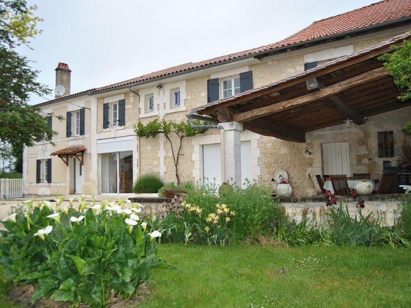 PROMOTION Hébèrgement de qualité, vacation rental in Mareuil