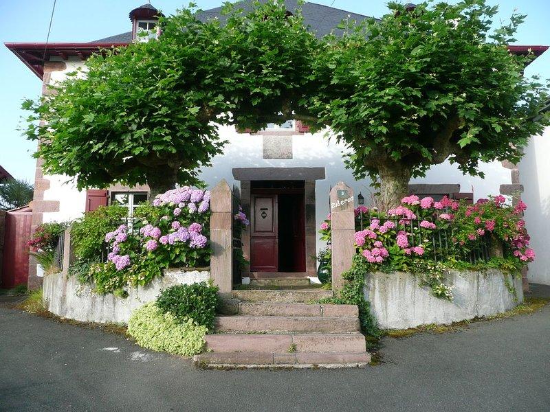 L'authenticité d'une Maison  de Maître à  Saint  Jean Pied de  Port, location de vacances à Gaindola