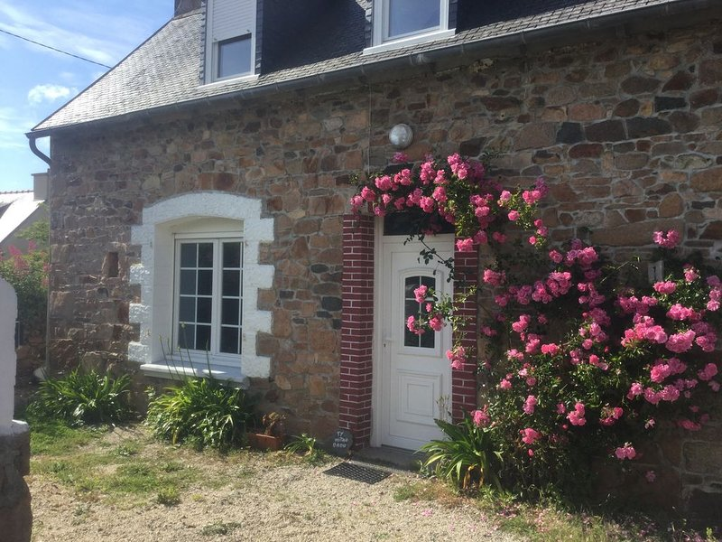Tymitao house près de île de Bréhat, holiday rental in Paimpol