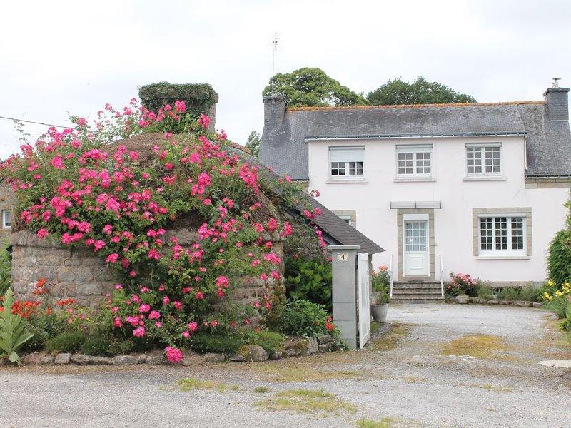Grande maison dans campagne bretonne, holiday rental in Gourin