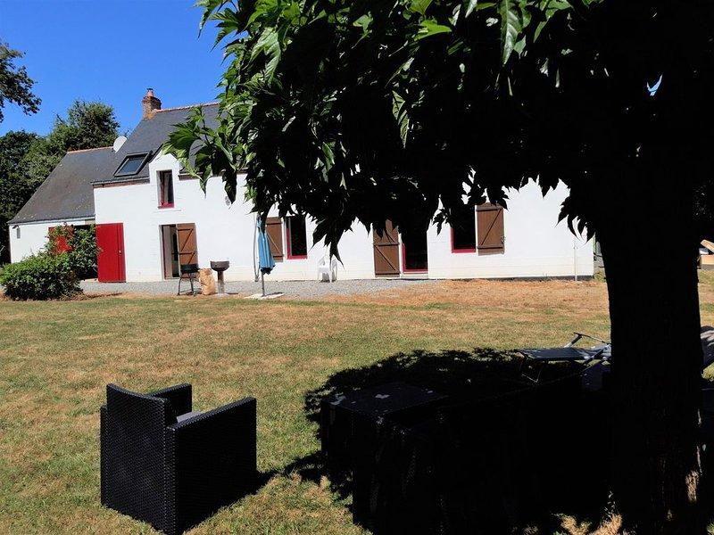 La Baule à 5 mn, au calme de la brière, proche du golf, de Guérande .3 clevacanc, holiday rental in Saint Andre des Eaux