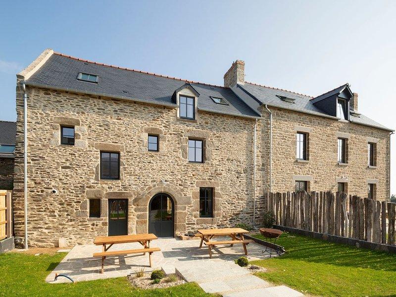 Le Terra Lodge - Cinq Chambres Maison, Couchages 10, holiday rental in Saint-Benoit-des-Ondes
