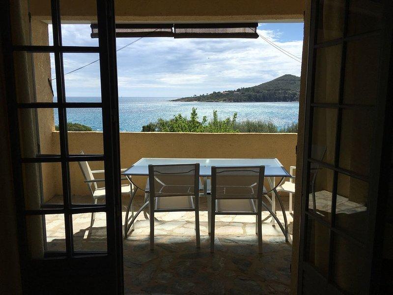 Faounzina n° Dupplex, 6 pers, 1er etage superbe vue mer, acces direct a la plage, location de vacances à Sari-Solenzara