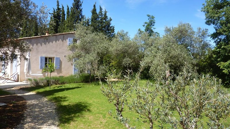 Maison 4/5 pers. en campagne aixoise., vacation rental in Bouc-Bel-Air